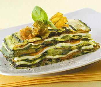 parmigiana zucchine fiori al pesto
