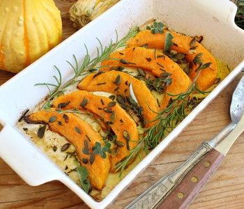 zucca al forno con erbe aromatiche e semi