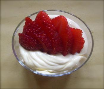 dessert crema di mascarpone e fragole bimby